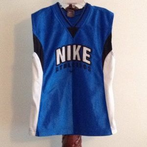 Kids Nike embroidered muscle shirt